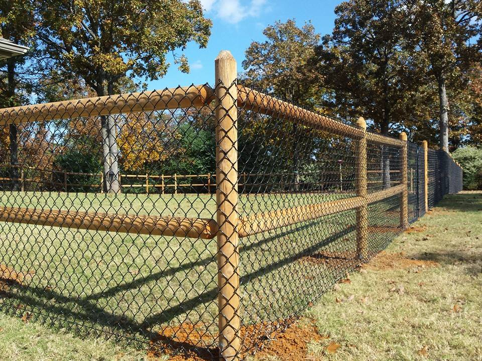 3 Great Benefits of Installing Round Rail Fences