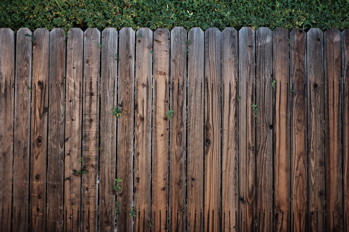 3 Ways To Maintain Your Fence For Summer